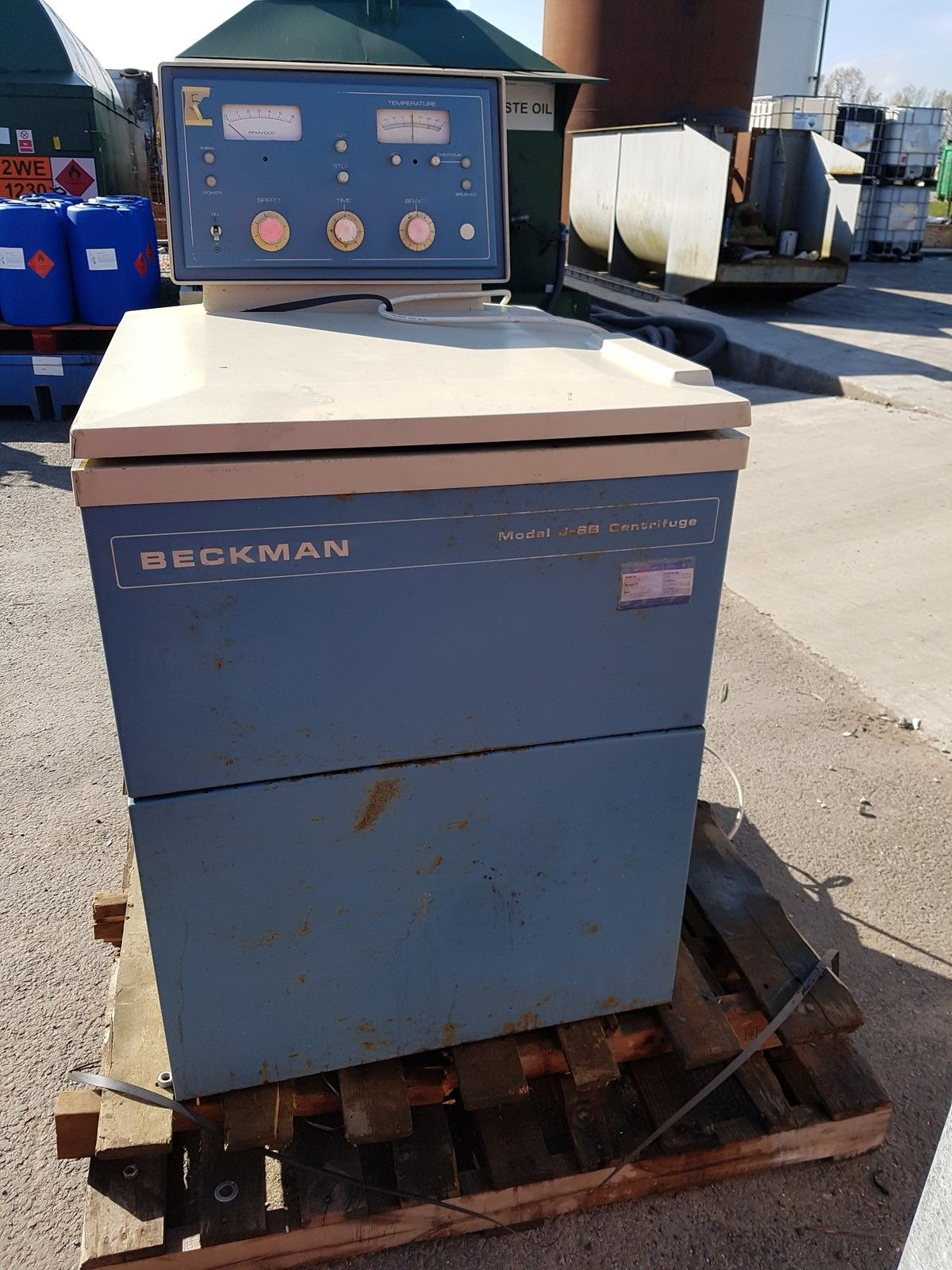 Gold Recovery Centrifuge - Beckman Model J-6B with Refrigeration